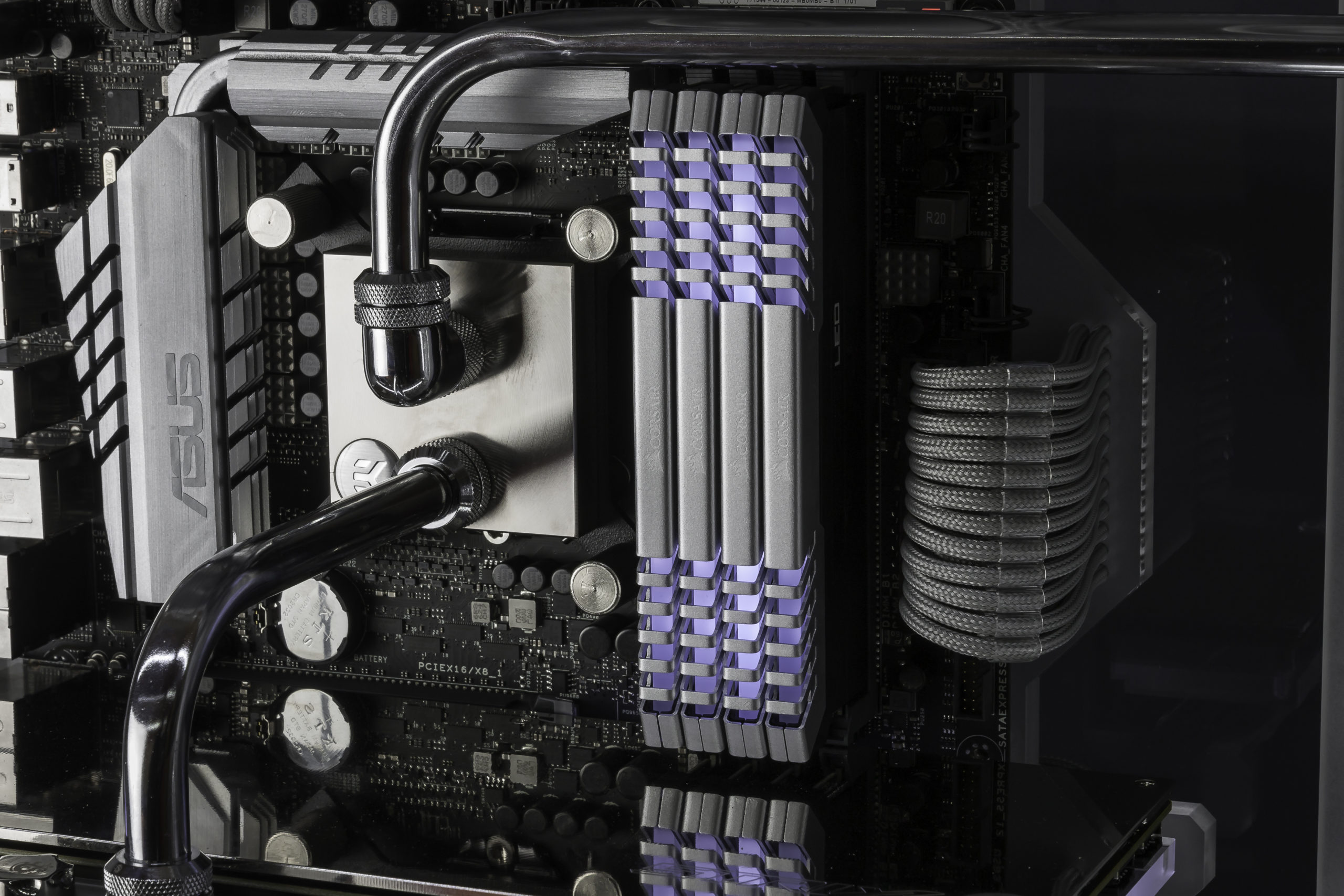 Twistermod_Corsair_ROG_570x_Crystalized_34